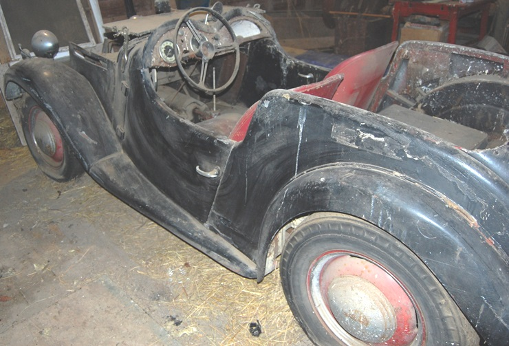 Singer Roadster Parts As Is Condition